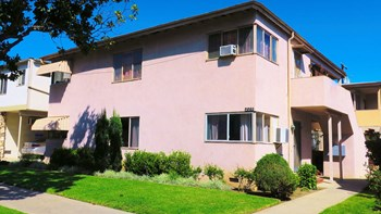 228 South Doheny Drive 1 Bed Apartment for Rent Photo Gallery 1