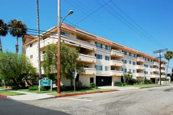 4280 Lindblade Dr Studio-3 Beds Apartment for Rent Photo Gallery 1