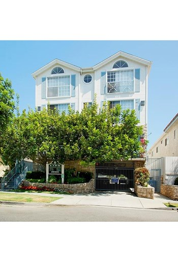 3750 Bagley Avenue 1-3 Beds Apartment for Rent Photo Gallery 1