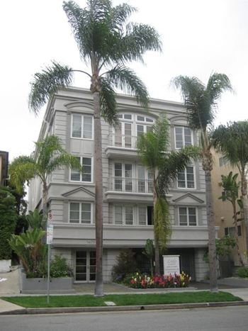 1479 Beverly Drive 2-3 Beds Apartment for Rent Photo Gallery 1