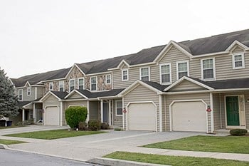 Quincy Circle 3 Beds Townhouse for Rent Photo Gallery 1