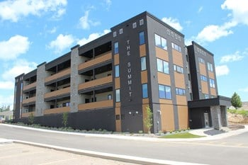 Building A - 25 Summit Way 2 Beds Apartment for Rent Photo Gallery 1