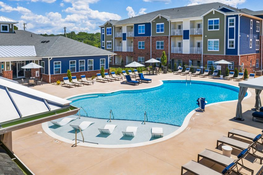 Resort Style Swimming Pool at Hawthorne at Simpsonville