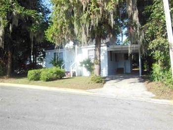 1430 Hudson 3 Beds House for Rent Photo Gallery 1