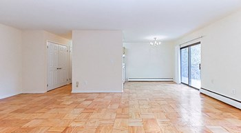 4818-24-28 Ft. Totten Dr. NE 1-2 Beds Apartment for Rent Photo Gallery 1