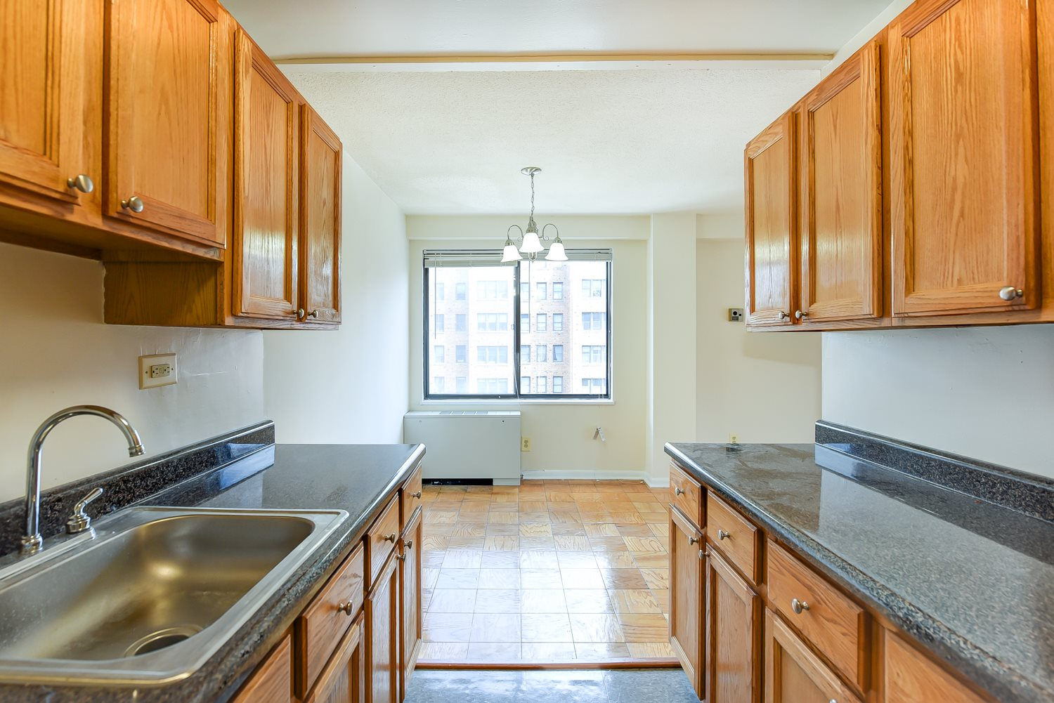 Twin Oaks Kitchen Cabinets And Countertops