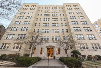 1301 Vermont Ave NW Studio-1 Bed Apartment for Rent Photo Gallery 1