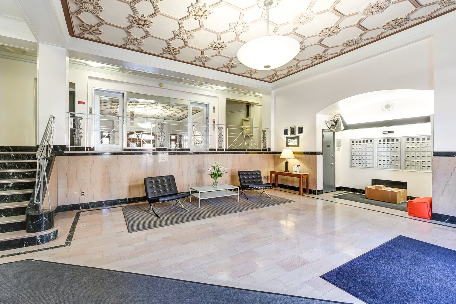 Eddystone-Apartments-Lobby