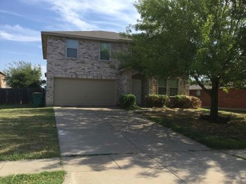 1218 Sullivan Dr 3 Beds House for Rent Photo Gallery 1