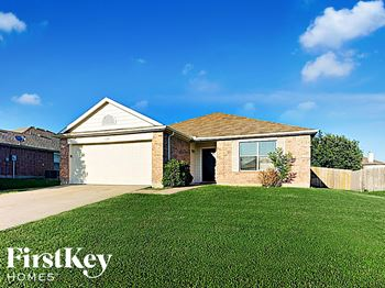 1600 Shady Shores Dr 4 Beds House for Rent Photo Gallery 1