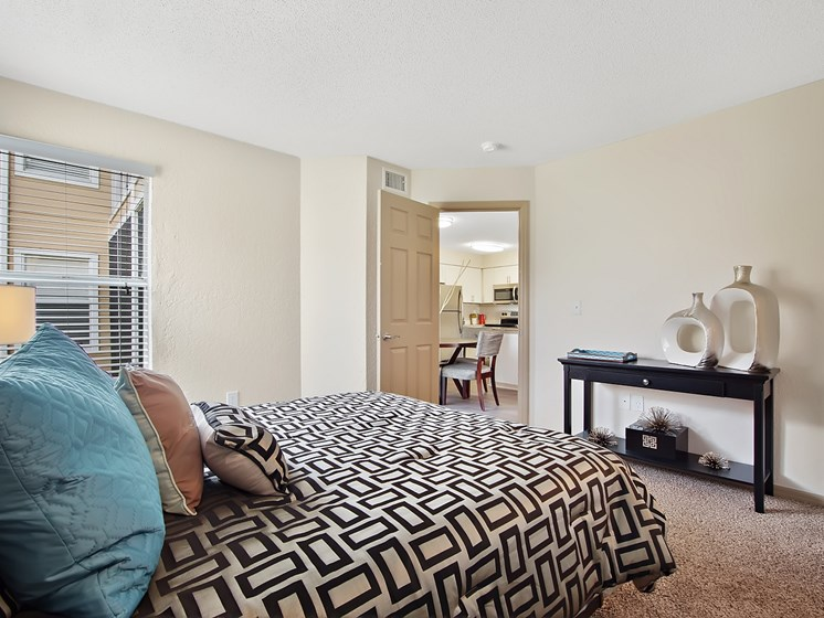 Spacious Apartments at Retreat at Crosstown, Riverview, 33578