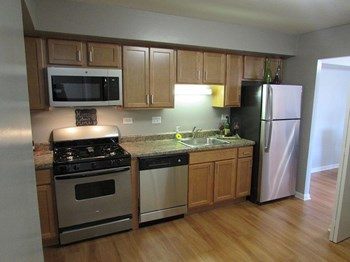 3514 West 83rd Street 1-3 Beds Apartment for Rent Photo Gallery 1