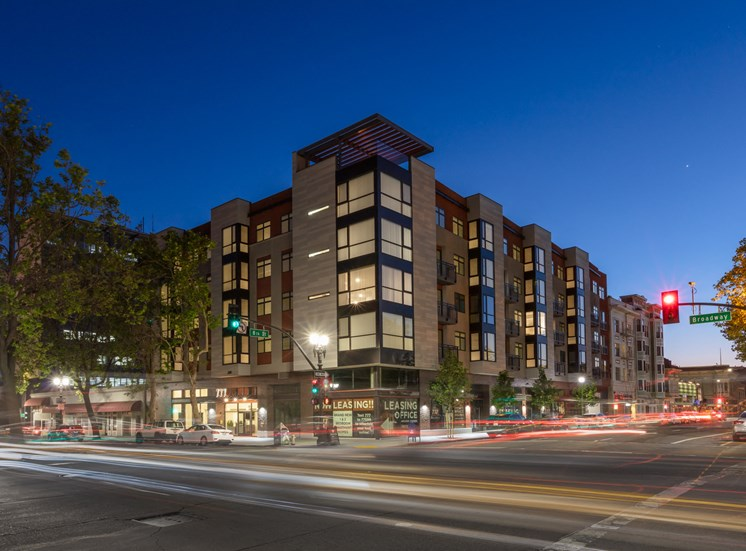 Luxury Apartments For Rent in Oakland - 777 Broadway Exterior