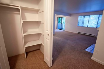 13215 NE 123rd Street 1-3 Beds Apartment for Rent Photo Gallery 1