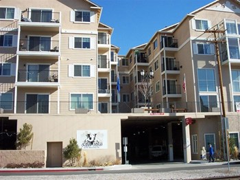 650 Record Street 1-2 Beds Apartment for Rent Photo Gallery 1