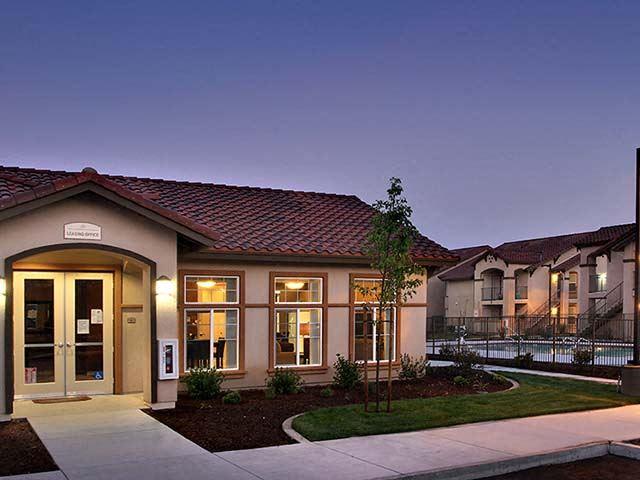 Exterior building with landscape l l Cordova Apartments in Selma CA