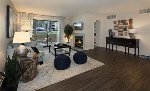 Rancho Cucamonga CA Apartments for Rent - Creekside Alta Loma Apartments Living Room