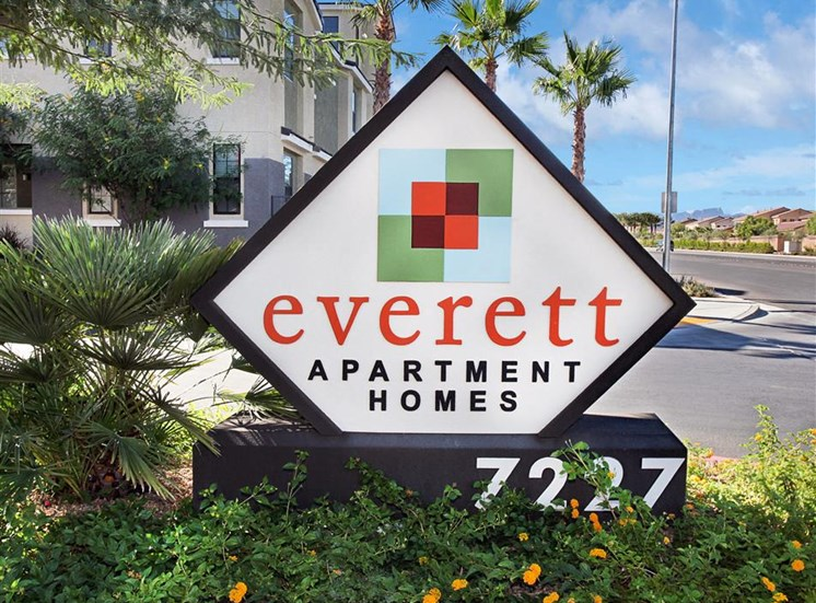 Mountain Edge Apartments | Everett Apartment Homes | Apartments in Las Vegas, NV