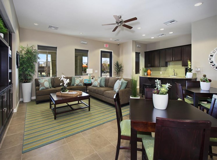 Apartments in Las Vegas, NV | Everett Apartment Homes