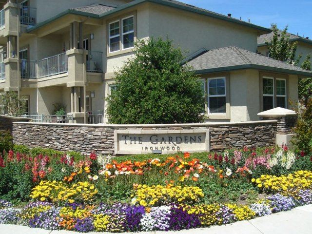 Exterior Building and Landscape  l Gardens at Ironwood in Pleasanton CA