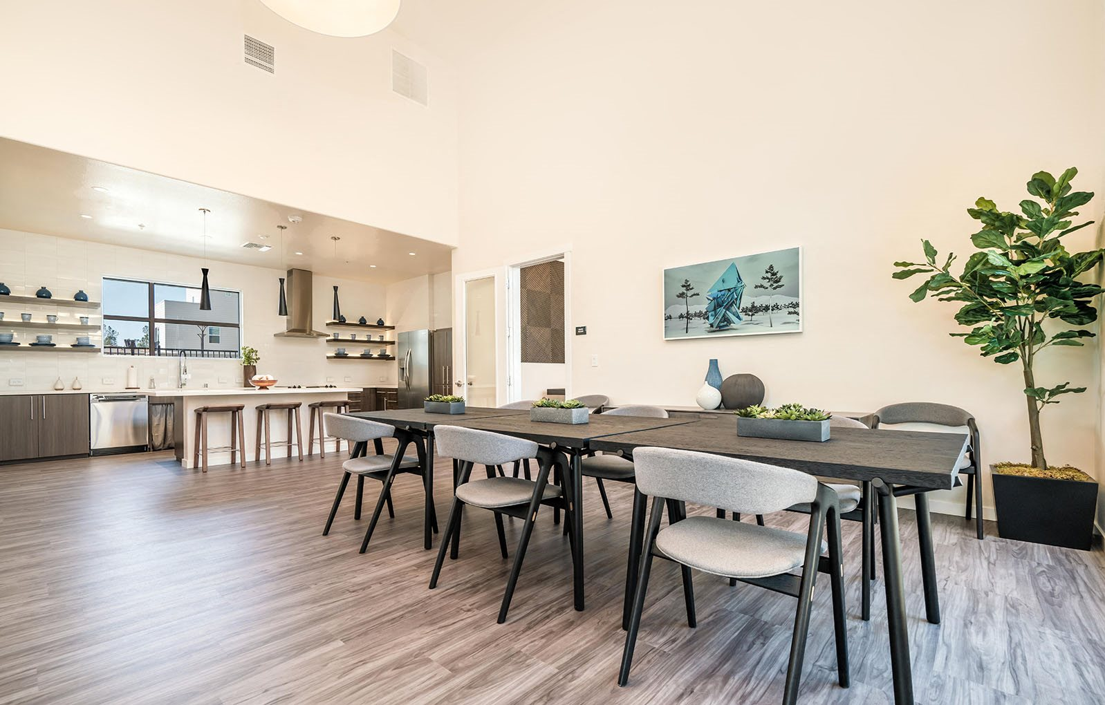 Hub Apartments | Folsom CA |Clubhouse Seating