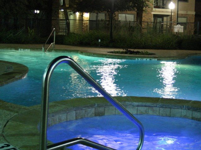 evening hot tub Pecan Point l Apartments in Temple, TX