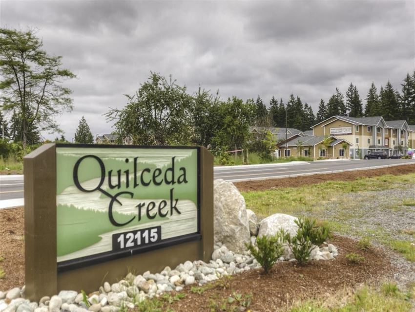 Monument sign at Quilceda Creek Apartments