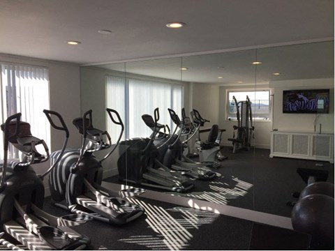 Fitness Center l Ryan Tower Apartments in San Mateo CA
