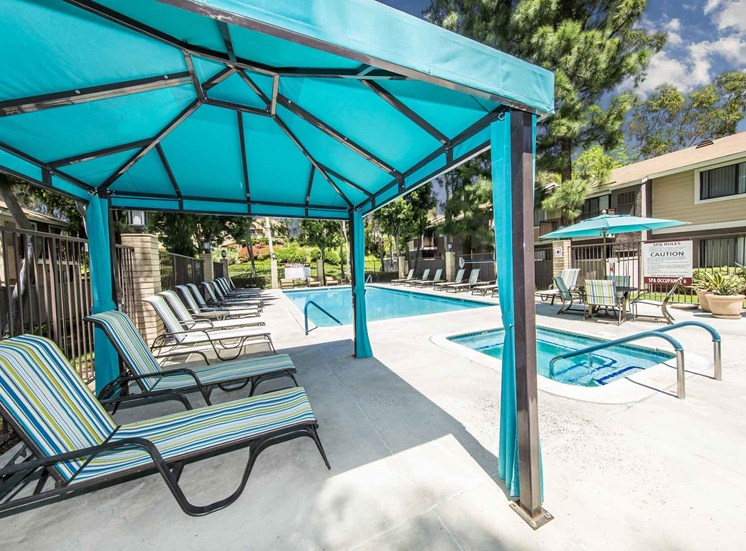 Serrano Highlands Apartments | Apartments in Lake Forest | Gazebo