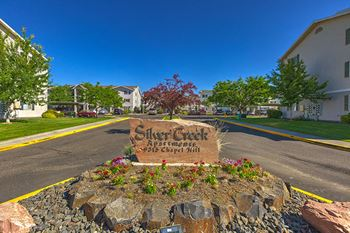 9315 Chapel Hill Blvd. 1-4 Beds Apartment for Rent Photo Gallery 1