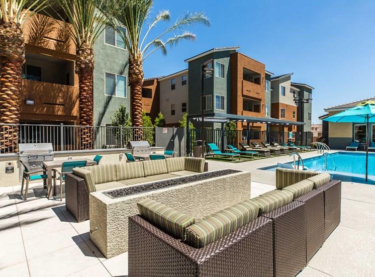 Solana Apartments |Lounge