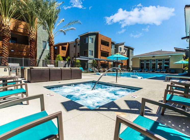 Solana Apartments |Pool