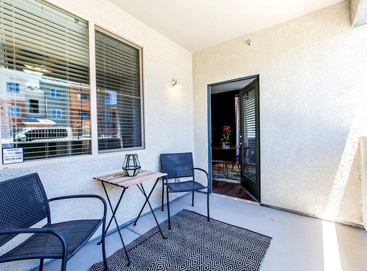 Solana Apartments |Balcony