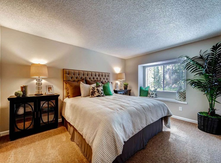 Master Bedroom   Sycamore Greens Apartment Homes