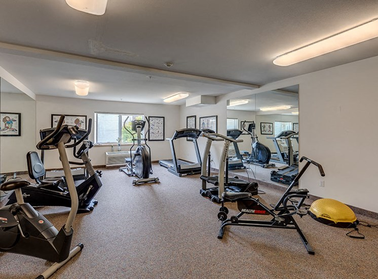 Vintage at Burien Apartments l  Fitness Room