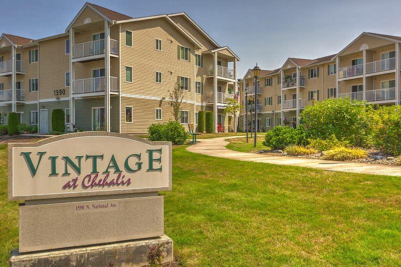 Property Monument Sign Chehalis, Washington l Vintage at Chehalis Senior Apartments