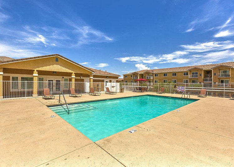 Pool with Lounge Chairs lLaughlin, NV Apts For Rent  l Vista Creek Apts for rent