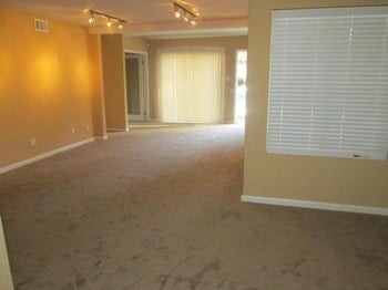 2005 San Jose Drive 2 Beds Apartment for Rent Photo Gallery 1