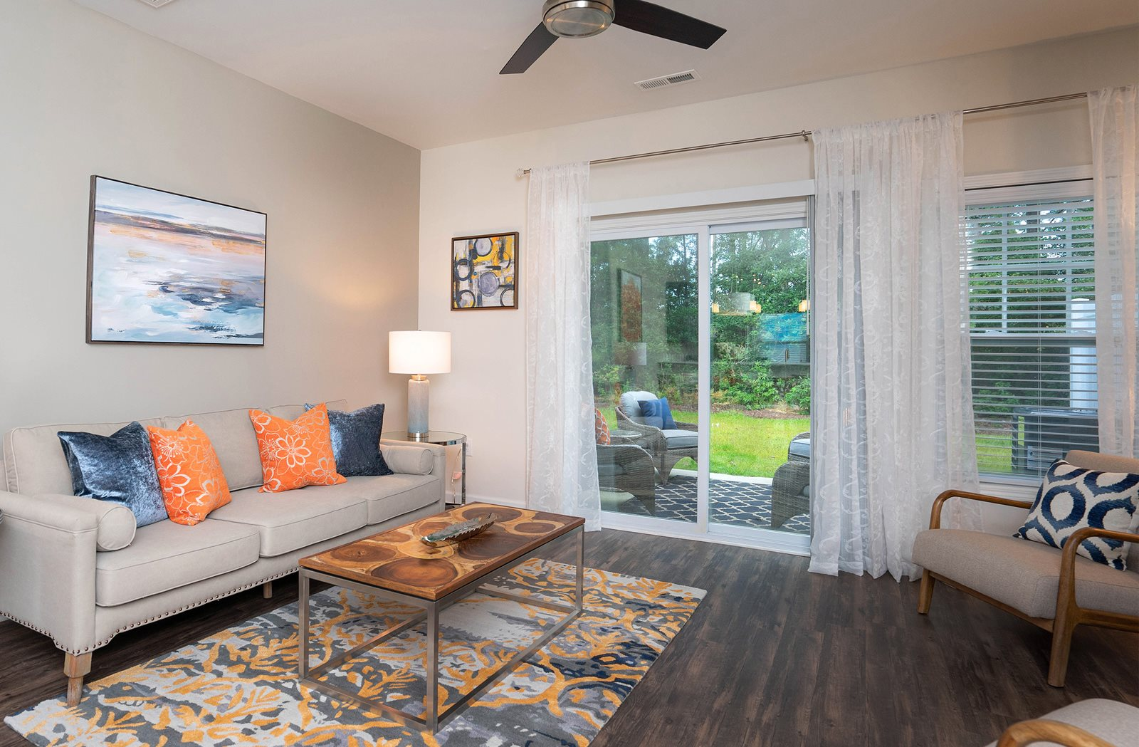 Apartments And Townhomes For Rent In Bluffton Sc At Oldfield Mews