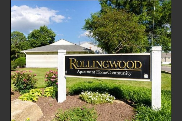 Rollingwood Apartments, 6300 Pewter Avenue, North Chesterfield, VA ...