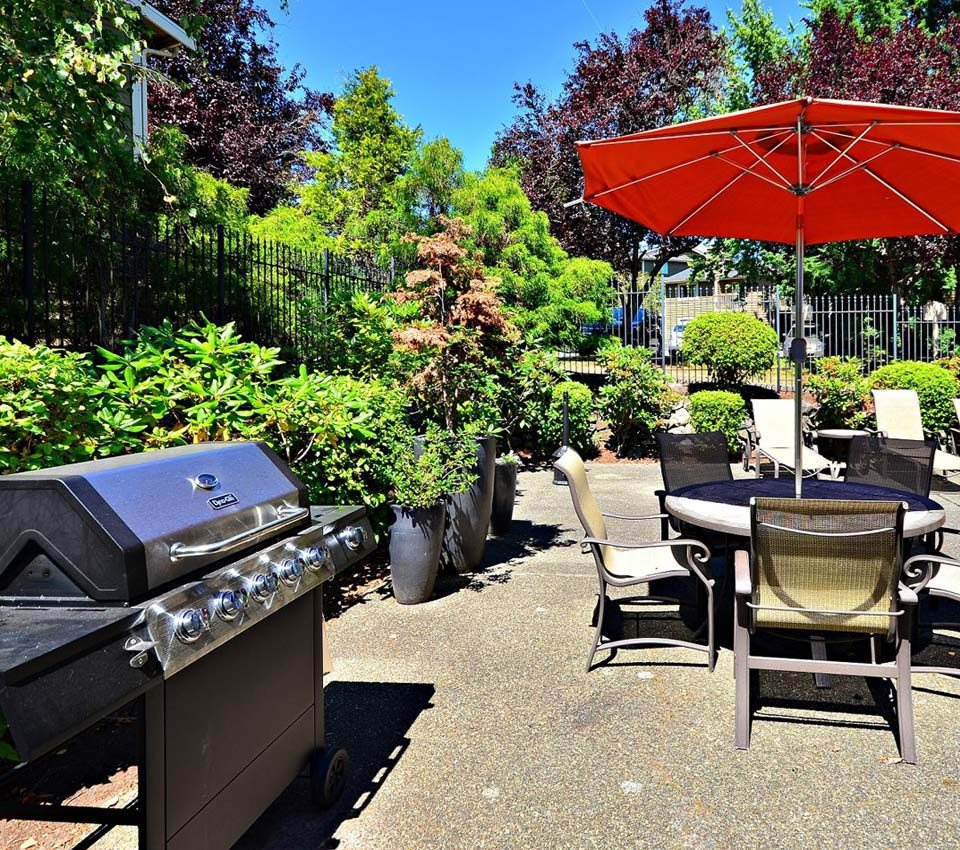 Reserve at Bucklin Hill Apartments_Silverdale WA_BBQ