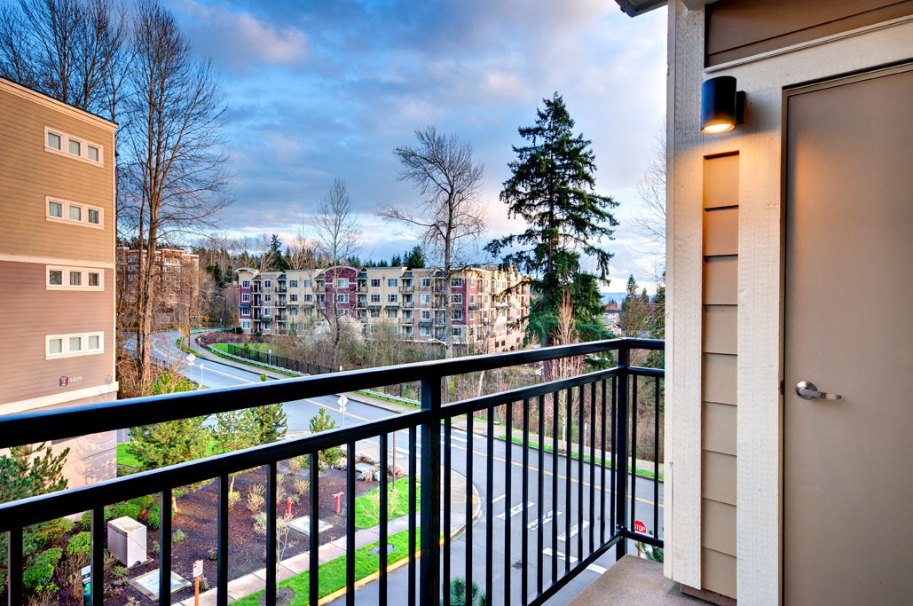 Private Patio/Balcony at Beaumont Apartment Homes, Woodinville, 98072