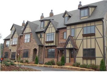Essex Manor Circle 3-4 Beds Townhouse for Rent Photo Gallery 1