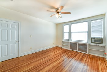 2701 Connecticut Ave NW 1-2 Beds Apartment for Rent Photo Gallery 1