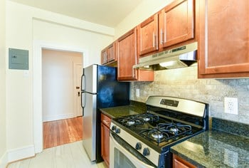 2701 Connecticut Ave NW Studio-3 Beds Apartment for Rent Photo Gallery 1