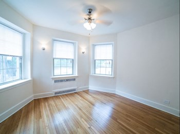 2800 Ontario Rd.,NW Studio-3 Beds Apartment for Rent Photo Gallery 1