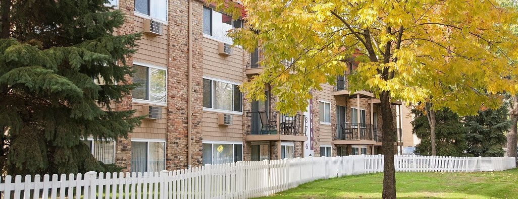 Seasons Park Apartments Apartments In Richfield Mn