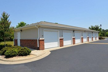 560 West New Hope Rd.  1-3 Beds Apartment for Rent Photo Gallery 1