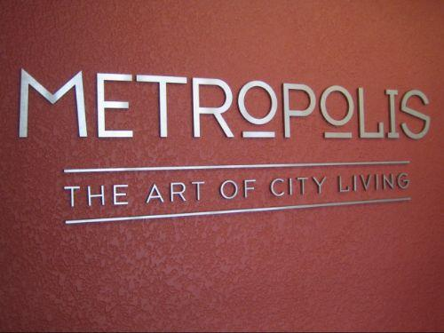 Metropolis   The Art Of City Living
