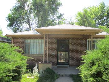 1165 Locust St. 2 Beds Apartment for Rent Photo Gallery 1